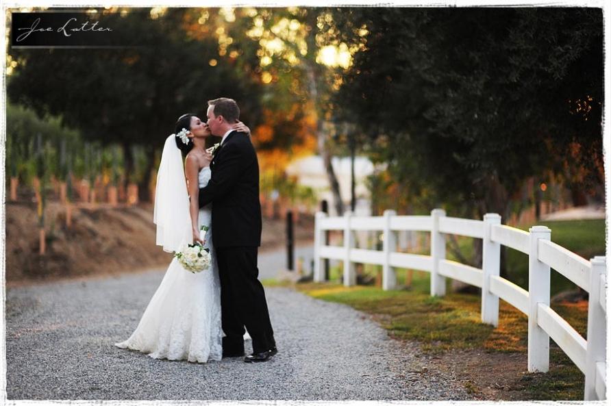 091025 0027  Lake Oak Meadows Temecula Wedding